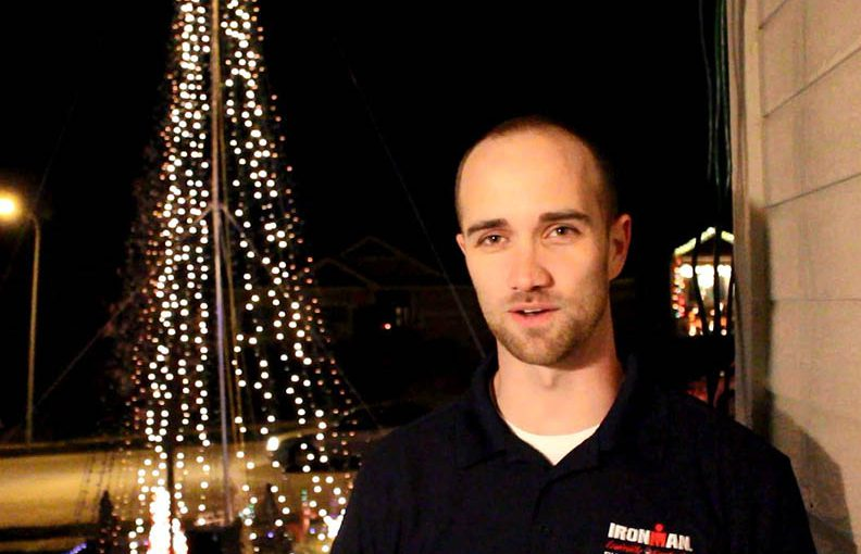 Video: Light displays warm hearts, delight crowds
