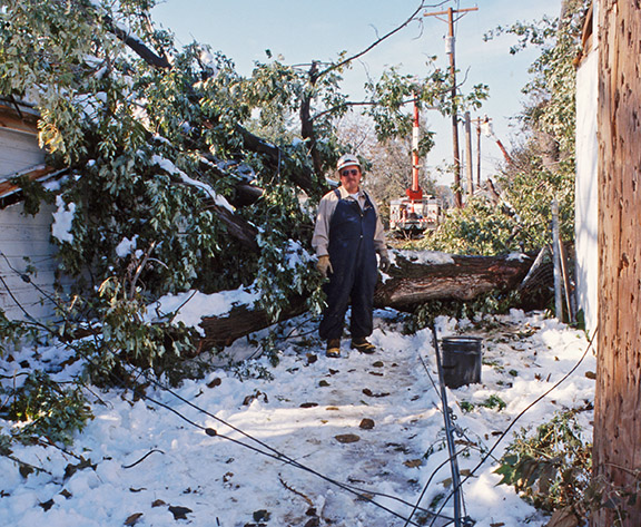 Video: October '97 storm made OPPD stronger utility