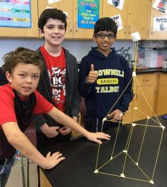 COM_Marshmallow Challenge_Creativity Award