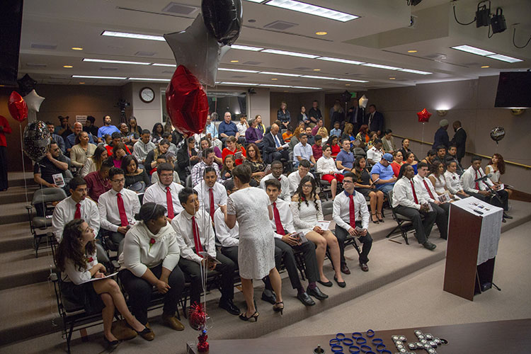 COM_Legacy grads 2018_ceremony crowd